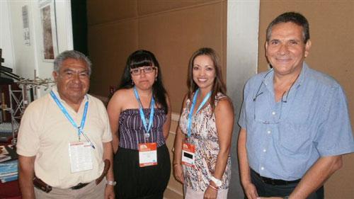 Leonardo Dircioo, Sonia Lopez, Lilly Massari y Jesus Canela en el Stand de Auri